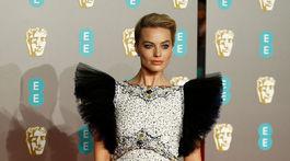 Herečka Margot Robbie v kreácii Chanel Haute Couture.