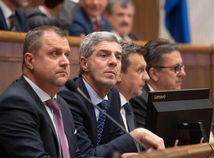parlament, verejne hlasovanie, Hrnciar, bugar,