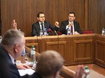 Zasadnutie Ústavnoprávneho výboru, Róbert Madej, Jozef ježík
