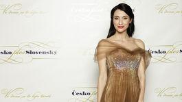 Bývalá riaditeľka Miss Slovensko, dnes podnikateľka a filantropka Lucia Hablovičová v šatách od Borisa Hanečku.