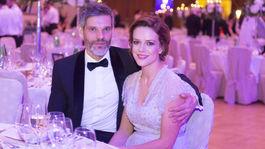 Herečka Andrea Kerestešová s manželom.