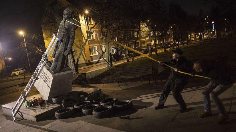 Poľsko Gdaňsk kňaz Jankowski zneužívanie socha...