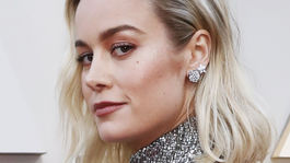 12 najlepších účesov a líčení z Oscarov -Brie Larson