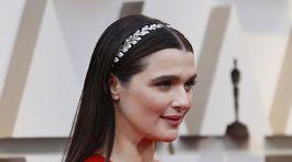 12 najlepších účesov a líčení z Oscarov - Rachel Weisz
