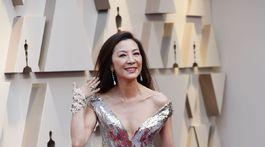 Herečka Michelle Yeoh v róbe Elie Saab Haute Couture.