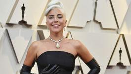 Speváčka a herečka Lady Gaga s luxusným náhrdelníkom Tiffany so žltým diamantom.