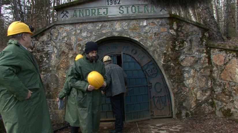 Siege photo old gold mine