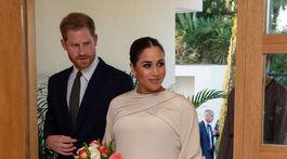 Vojvodkyňa Meghan (a jej manžel princ Harry) na návšteve britskej ambasády v Maroku. Meghan si obliekla model Dior Haute Couture, ktorého cena je údajne 105-tisíc eur.