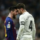 Španielsko Futbal La Liga Real Barcelona Messi Ramos