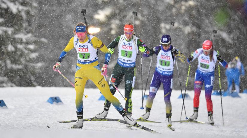 Linn Perssonová, Ivona Fialková