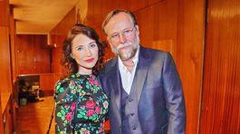 Carice van Houten a Karel Roden