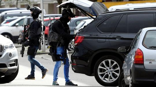 holandsko, streľba, ultrecht, polícia, zbraň