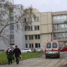 Smrť pacientky, ktorá strávila dva dni na chodbe, preverí úrad pre dohľad