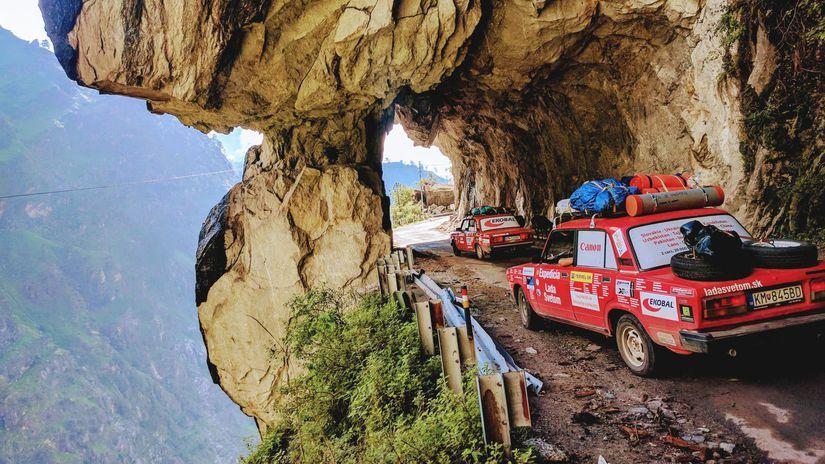 Lada, Lada svetom: na Žiguli cez Himaláje,...