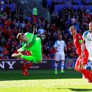 Slováci nepremenili šance. Vo Walese prehrali po góle mladého Jamesa