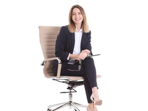 žena, stolička