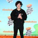 Youtuber a influencer David Dobrik pred vyhlásením cien Kids Choice Awards 2019.