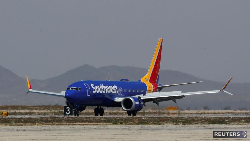 Boeing 737 MAX 8, USA, letisko, lietadlo, porucha