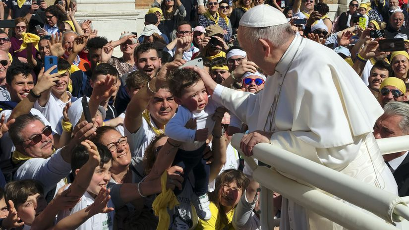 VATICAN YOUTH