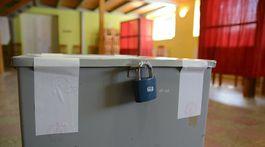 plechová urna, prezidentské voľby 2019, Medzany