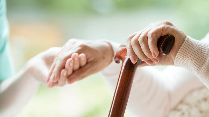 senior, dôchodca, pomoc, opatrovanie