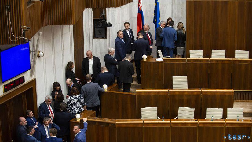 NRSR ÚS kandidáti voľba hlasovanie parlament...