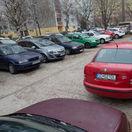 VIDEO: Parkovanie v Bratislave? Katastrofa. Pozrite si stav v piatich mestských častiach