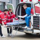sanitka, záchranka, záchranári