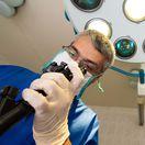 chirurg, operácia, operačná sála, zákrok