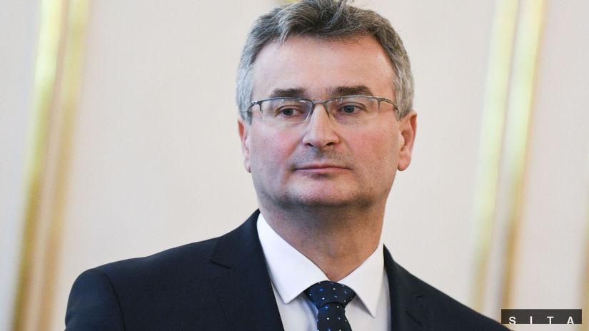 PREZIDENT: Vymenoval sudcov Ústavného súdu SR
