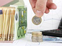 Banky odmietajú štátu platiť osobitný odvod