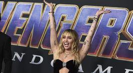 Speváčka Miley Cyrus prišla tiež na premiéru Avengers: Endgame.