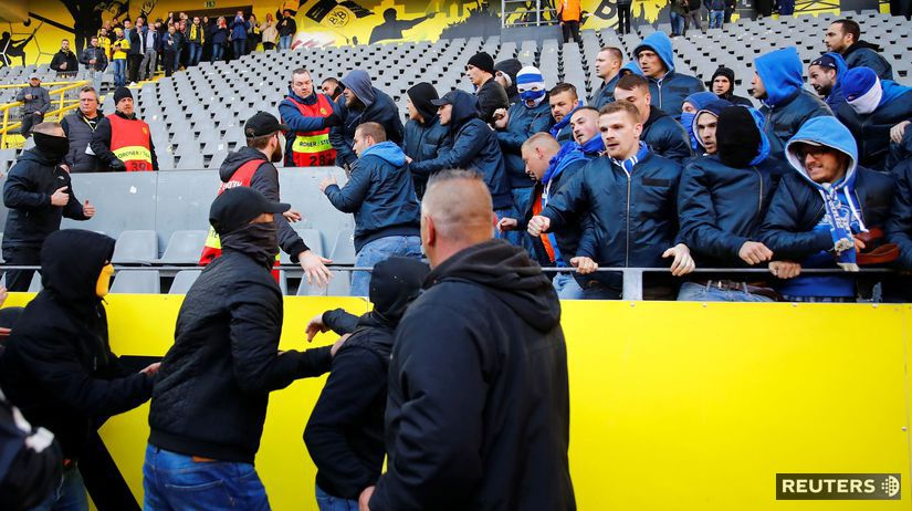 Schalke, Dortmund, fanúšikovia