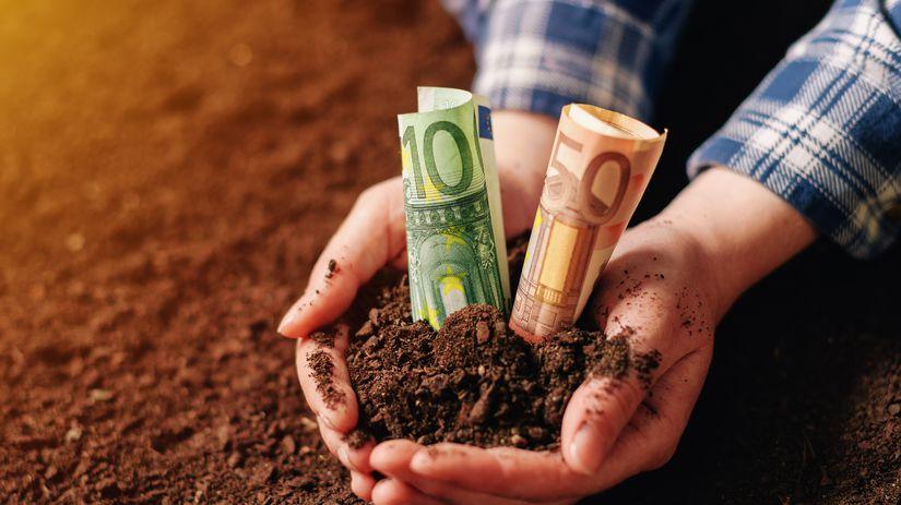 pôda, peniaze