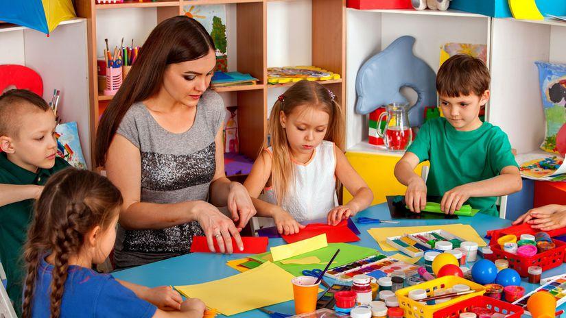 škôlka, deti, učiteľka