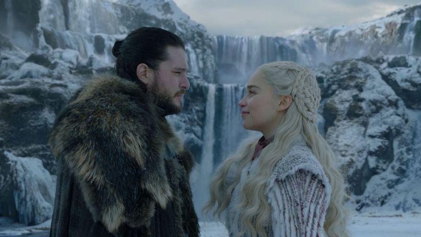 hra o tróny, game of thrones, daenerys, jon,
