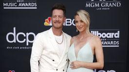 Partnerská dvojica Tyler Hubbard a Hayley Stommel.