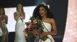 48158b74c Miss Severnej Karolíny Cheslie Kryst