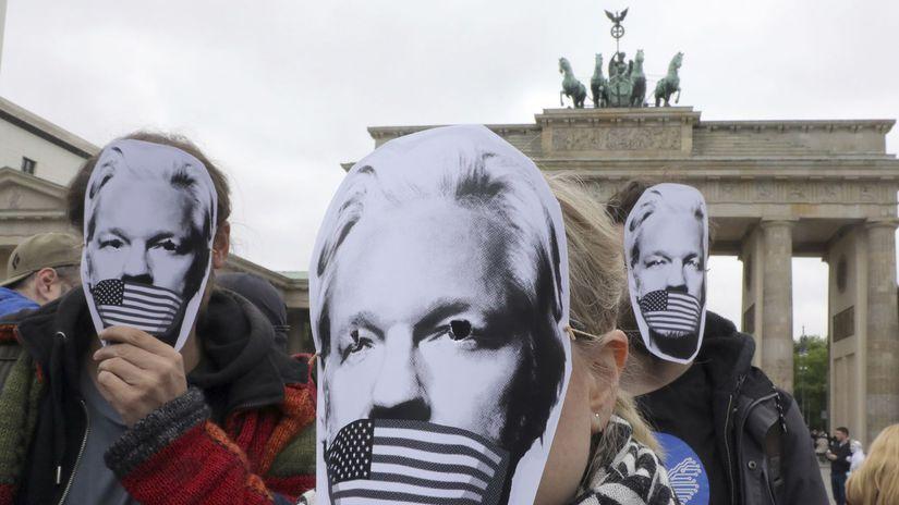 Nemecko / Assange / USA / vydanie / protest