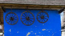 Hervartov, drevený kostolík, sýpka