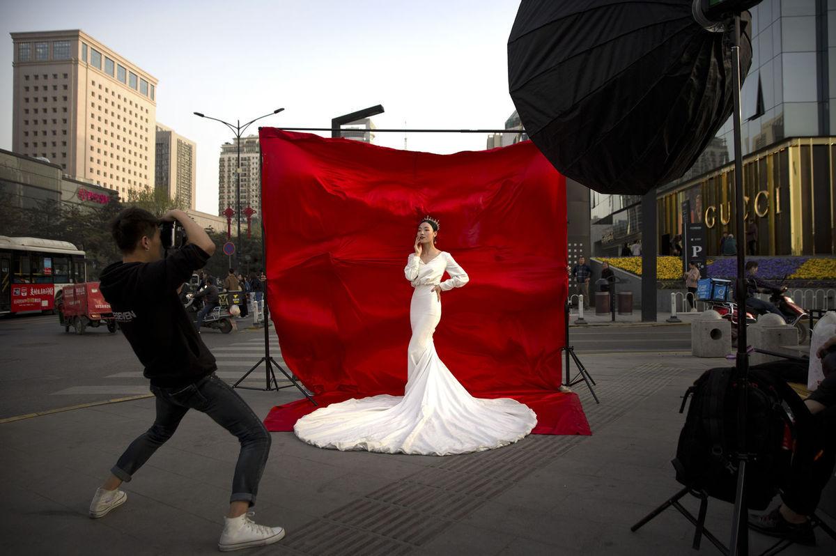 Čína, modelka, fotenie, nevesta,ulica, mesto