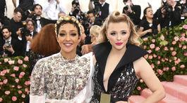 Herečky Ruth Negga (vľavo) a Chloe Grace Moretz spoločne reprezentovali značku Louis Vuitton.