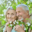 seniori, dôchodci, penzisti