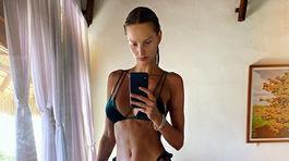 IMG-Topmodelka Michaela Kocianová na zábere z Instagramu.