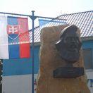 Odhaľovanie pamätníka Štúra v Štúrove sprevádzali neprístojnosti
