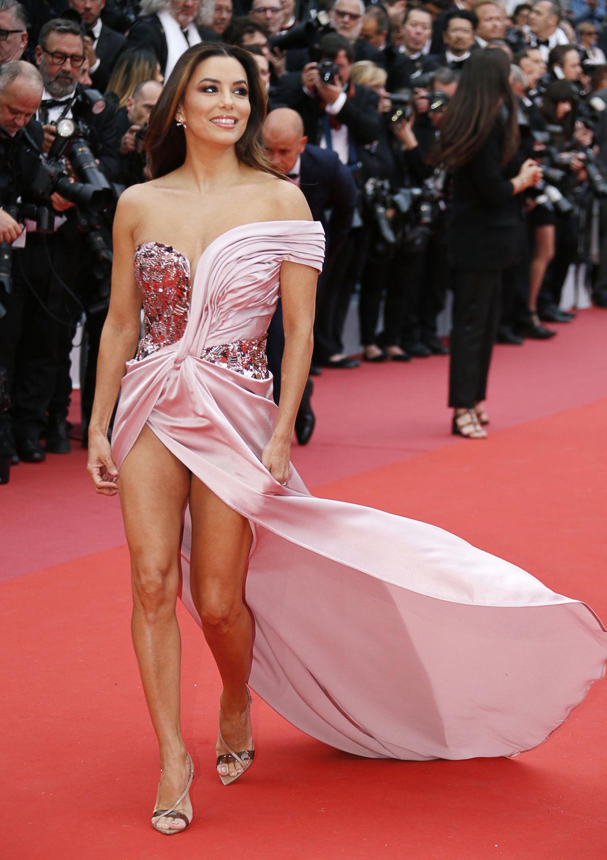 Herečka Eva Longoria vyrazila dych príťažlivou...