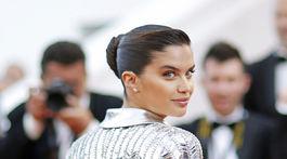 Modelka Sara Sampaio.