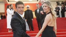 Herec Antonio Banderas a jeho partnerka Nicole Kimpel.