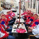 Po hokeji: Fínky v Jasove, Lotyši na Devíne. Nóri a Švédi? Máte pekné pivo!
