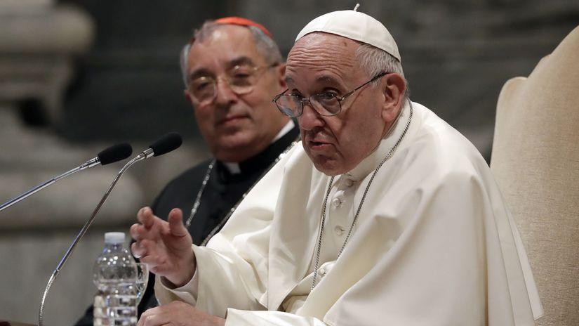 Vatikán / pápež František /